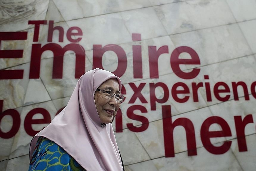 Parti Keadilan Rakyat (PKR) chief Wan Azizah Wan Ismail at a roundtable meeting on the formation of Pakatan Harapan - or Coalition of Hope - yesterday in Subang Jaya, outside Kuala Lumpur. The new alliance comprises PKR, the Democratic Action Party a