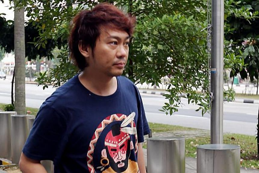 Former China tour guide Yang Yin leaving the Police Cantonment Complex on Sept 18, 2014.