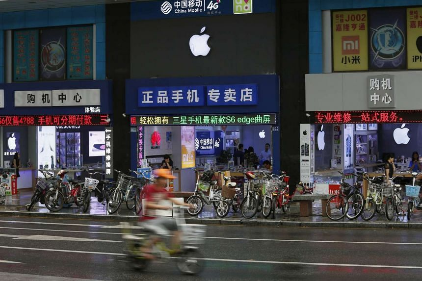 Apple store in Shenzhen, China on Sept 21, 2015.