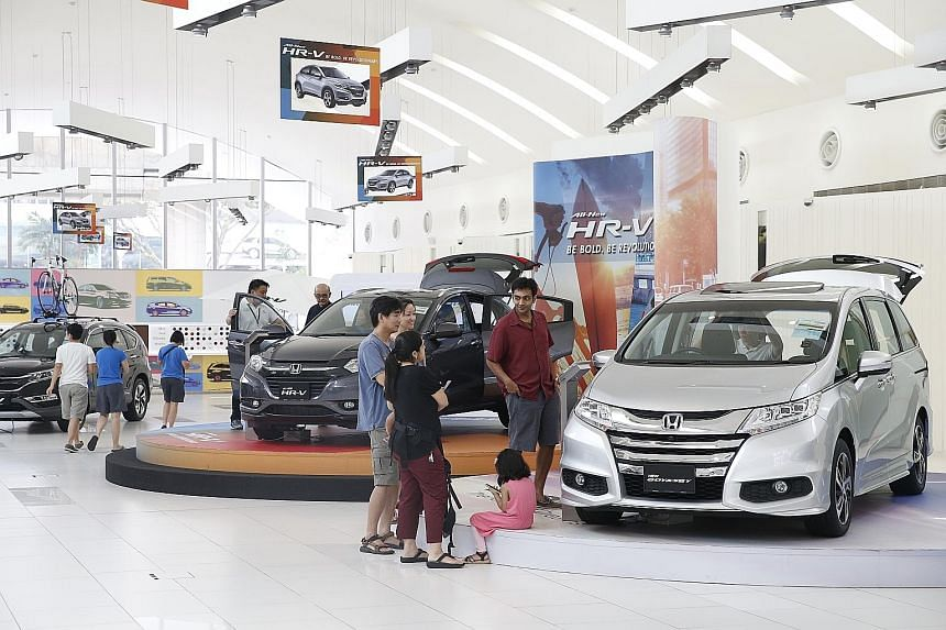 Cheaper cars, together with lower accommodation costs, helped check inflation last month. The Consumer Price Index decreased by 0.8 per cent compared with August last year, and analysts expect inflation to stay weak for the rest of the year.