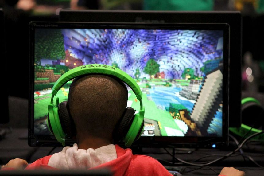 Children are going mobile with their video game play, shifting away from computers and consoles.