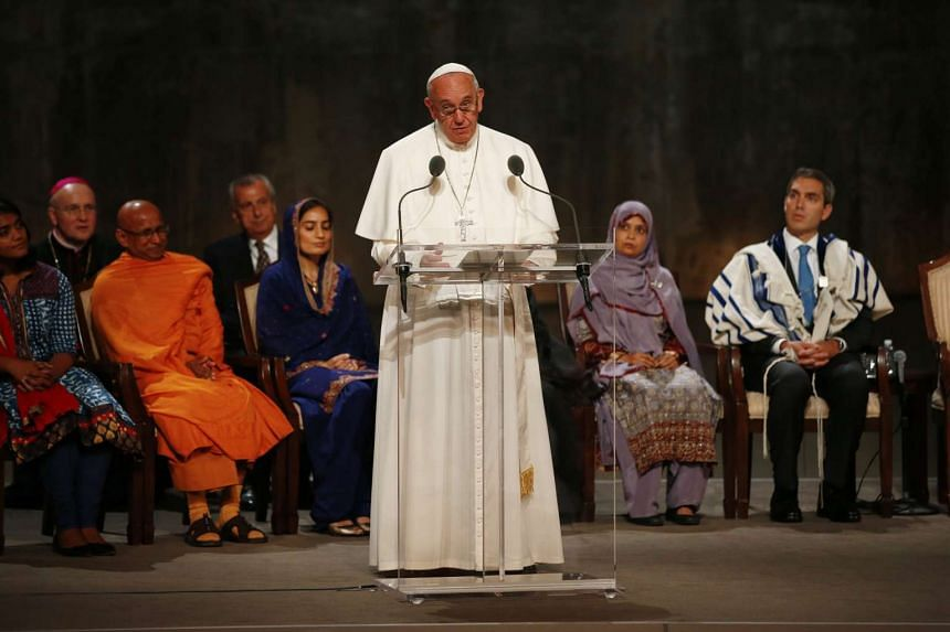 Pope Francis delivers a speech during a multi-religious prayer for peace at the 9/11 Memorial and Museum in New York City, New York, USA, on Sept 25, 2015.