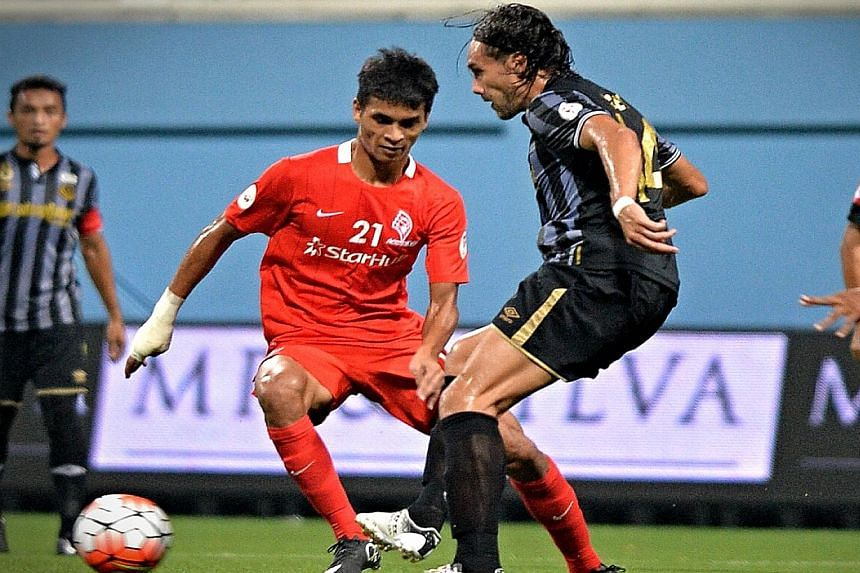 Safuwan Baharudin once again bails out the LionsXII with his two goals against Terengganu. He also bagged a brace in the match against Johor Darul Takzim II.