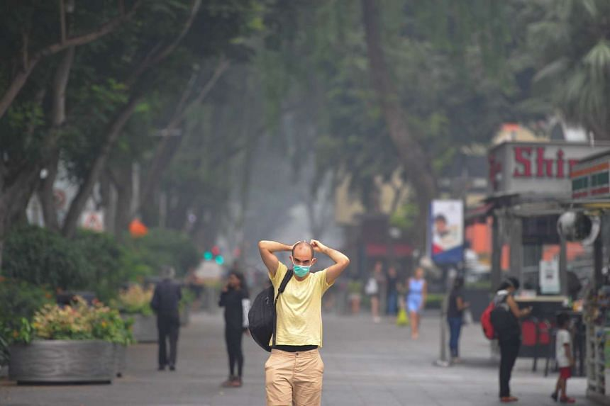 Haze conditions at Orchard Road at 2.13pm on Monday, Sept 28, 2015.