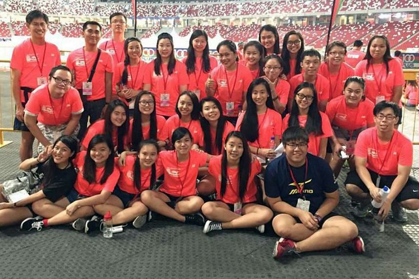 The volunteers who made it all happen at the ST Run.