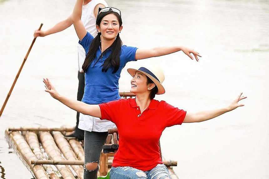 Former film goddess Lin Ching-hsia (seated, with actress Xie Na) is the main draw of Up Idol.