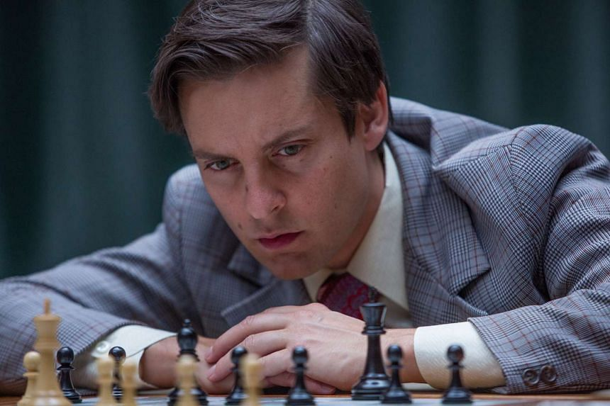 Tobey Maguire plays Bobby Fischer.