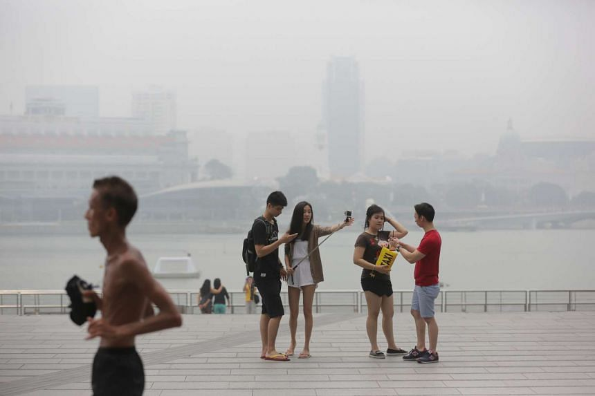 The haze situation at Marina Bay Sands at 1.50pm on Thursday (Oct 1).
