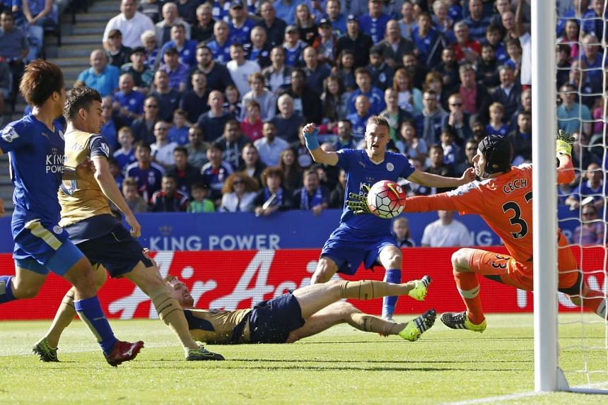 Jamie Vardy scores the first goal for Leicester City at King Power Stadium on Sept 26, 2015.