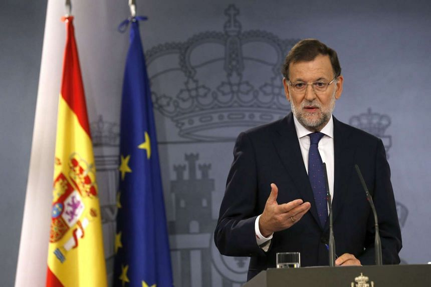Spanish Prime Minister Mariano Rajoy talks to media during a press conference on the results of Catalan Parliamentary elections, Madrid, Spain, on Sept 28, 2015.