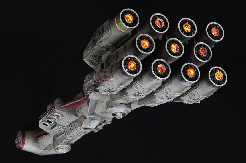 A model of the Star Wars blockade runner spaceship has sold for a record US$450,000 (S$645,000).