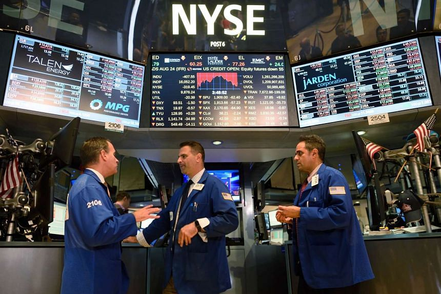 Traders on the floor of the New York Stock Exchange on Aug 24, 2015 in New York.