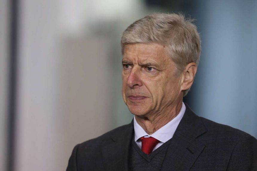 Arsenal manager Arsene Wenger said he has no plans to retire from football, as his team prepares to face Manchester United.