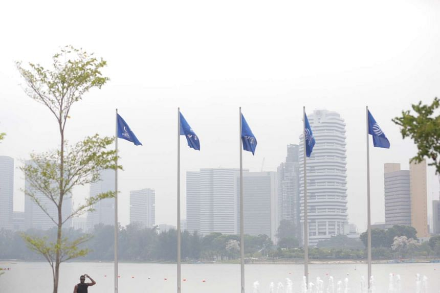 The haze situation from the Singapore Sports Hub at 2pm on Sunday, Oct 4, 2015.
