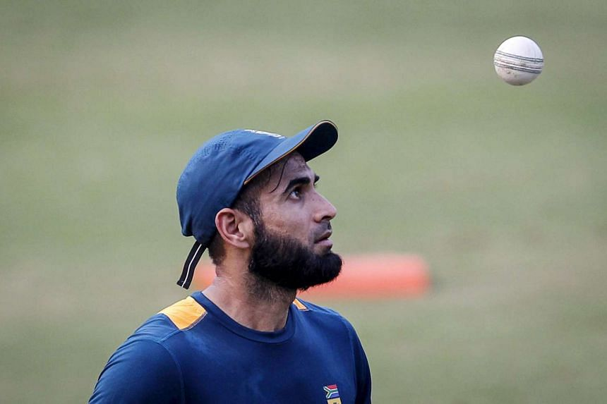 South Africa's Imran Tahir leaves after a practice session ahead of their second Twenty-20 cricket match against India in Cuttack, India, Oct 4, 2015.