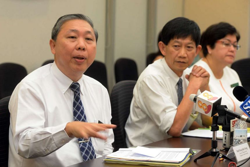 (From left) SGH medical board chairman Fong Kok Yong, SGH CEO Ang Chong Lye and chief nurse Tracy Carol Ayre speaking during a press conference at SGH on Oct 6, 2015.