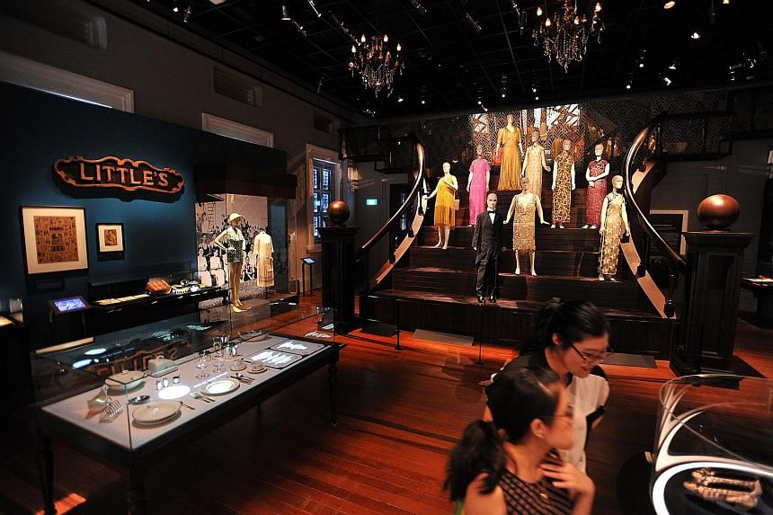 The Modern Colony gallery evokes the drama and romance of the 1920s and 1930s through stunning costumes, jewellery and table-setting displays. Everyday items such as hair brushes with intricate details transport viewers to an era when elegance was tr