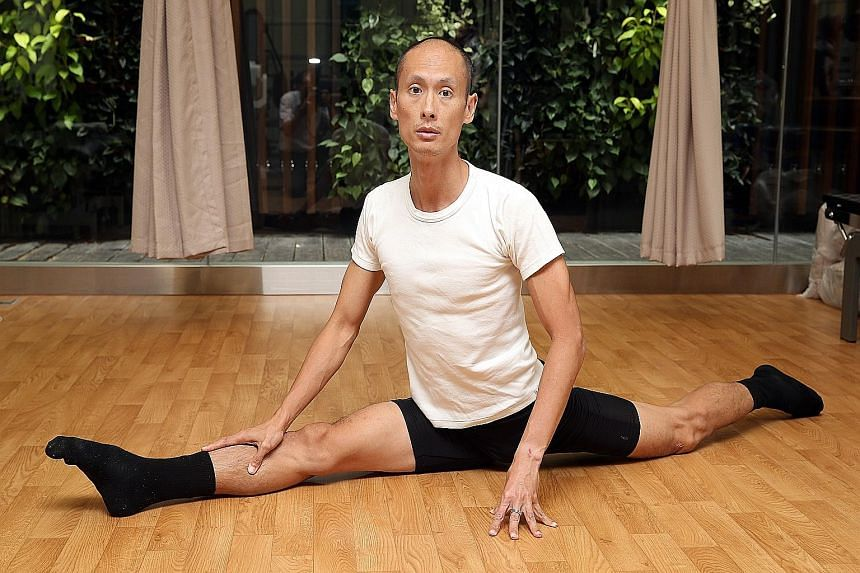 Dr Jason Chia, who does contemporary dance and ballet, likes to marry his knowledge of medicine with that of dance. He likes to help other dancers overcome their dance injuries and better understand their bodies.