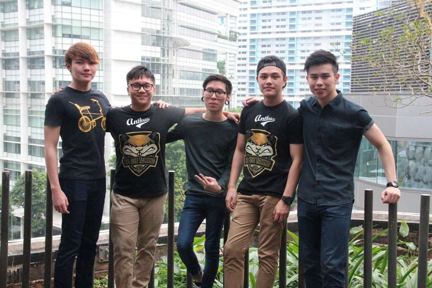 """The Counter-Strike team representing Singapore in The World Championships, comprising of (from left) Chew """"Vulmest"""" Mun Kei, Anthony """"ImpressioN"""" Lim, Nigel """"spielz"""" Aw, Nigel """"Niqo"""" Goh and Benjamin """"moxie"""" Kou."""