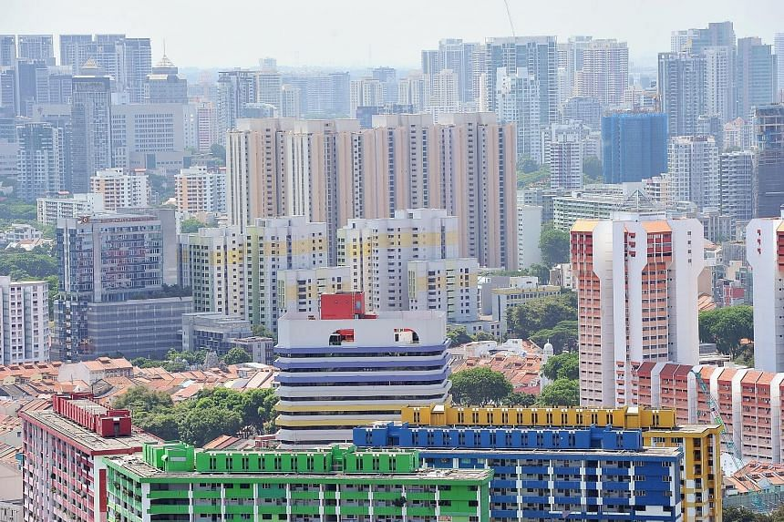 Plum sites still attract more bidders, so a slower decline in land costs could affect developers' margins, especially if prices in the primary sales market continue falling. Developers' net margins fell from 35.7 per cent in 2009 to about 11.8 per ce