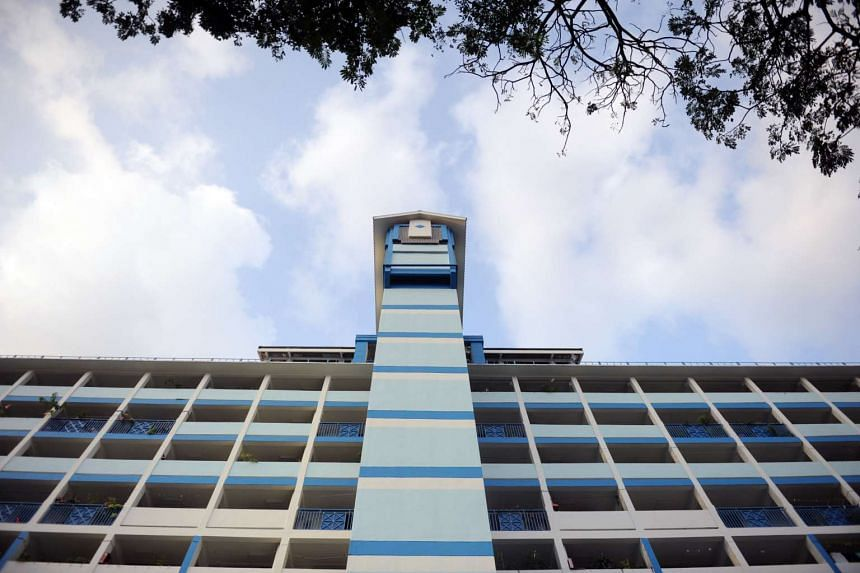 Blue skies could be seen in Toa Payoh at about 6pm on Oct 7, 2015.