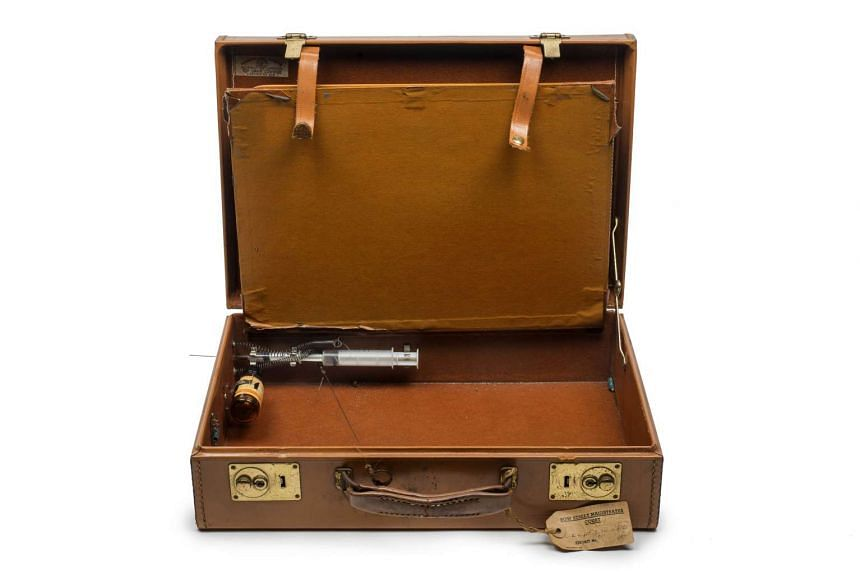 A briefcase belonging to London gangsters Ronnie and Reggie Kray with a syringe and posion intended for use against a witness.