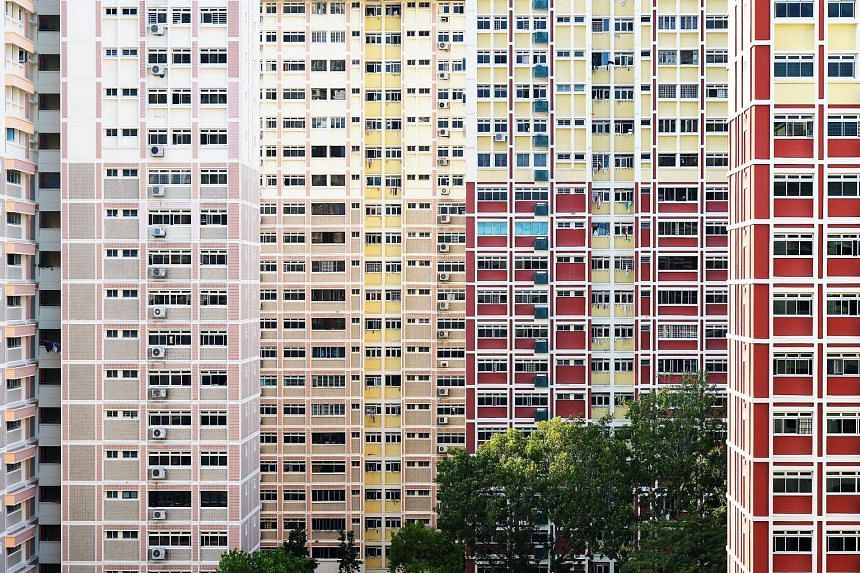 """According to HDB flash estimates earlier this month, prices of resale flats declined at a slower rate of 0.3 per cent in the third quarter, compared with 0.4 per cent in the second quarter. R'ST Research director Ong Kah Seng says the """"flattish price"""