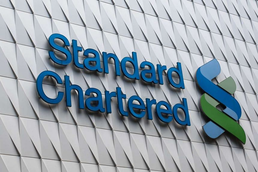 Up to a quarter of Standard Chartered's most senior staff will be cut to reduce costs, according to a memo sent to staff.