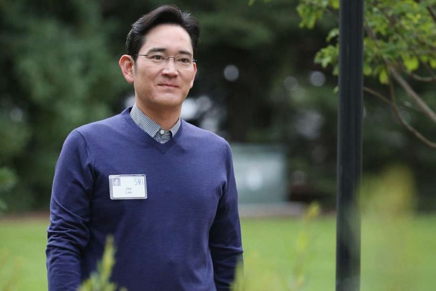 (Above) Mr Jay Lee, president and CEO of Samsung Electronics.