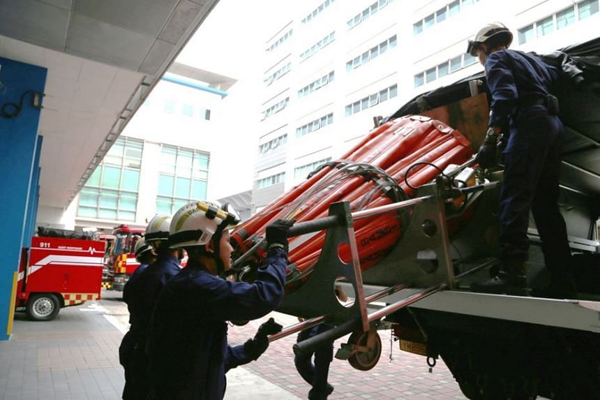 SCDF has deployed a 5,000-litre heli-bucket and a 6-man Disaster Assistance and Rescue Team (DART), to Sumatra to assist the Indonesian authorities in conducting aerial fire-fighting operations.