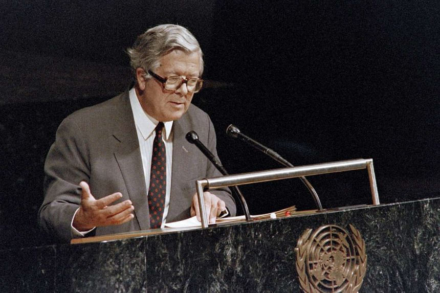 In this file picture taken on Sept 28, 1988 British Foreign Secretary Geoffrey Howe gestures as he addresses the 43rd assembly of the United Nations in New York.