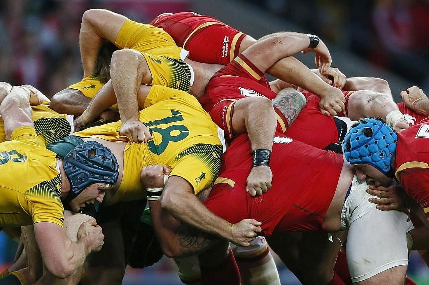 Australia displayed determination and strength in the scrums in the tense 15-6 victory against Wales at Twickenham on Saturday. Although reduced to 13 men when Will Genia and Dean Mumm received yellow cards within four minutes of each other, the Wall