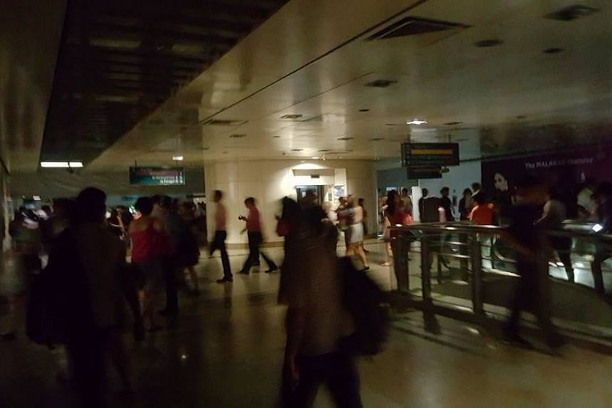 A blackout is reported at Serangoon NEL train.