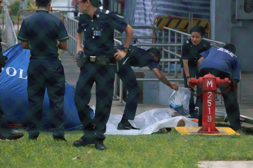 The body of a man was found floating in Lower Seletar Reservoir on Tuesday morning.