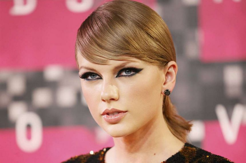 Taylor Swift led the field on Tuesday with six nominations for the 2015 American Music Awards.