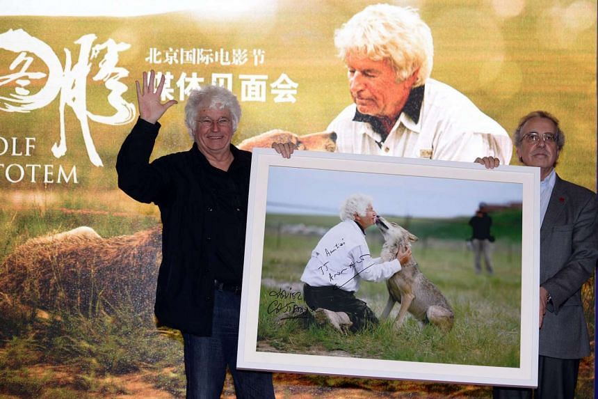 Wolf Totem, by French director Jean-Jacques Annaud (left), has too many non-Chinese crew working on it to qualify as an entry for Best Foreign Language Film, according to Academy Award organisers.