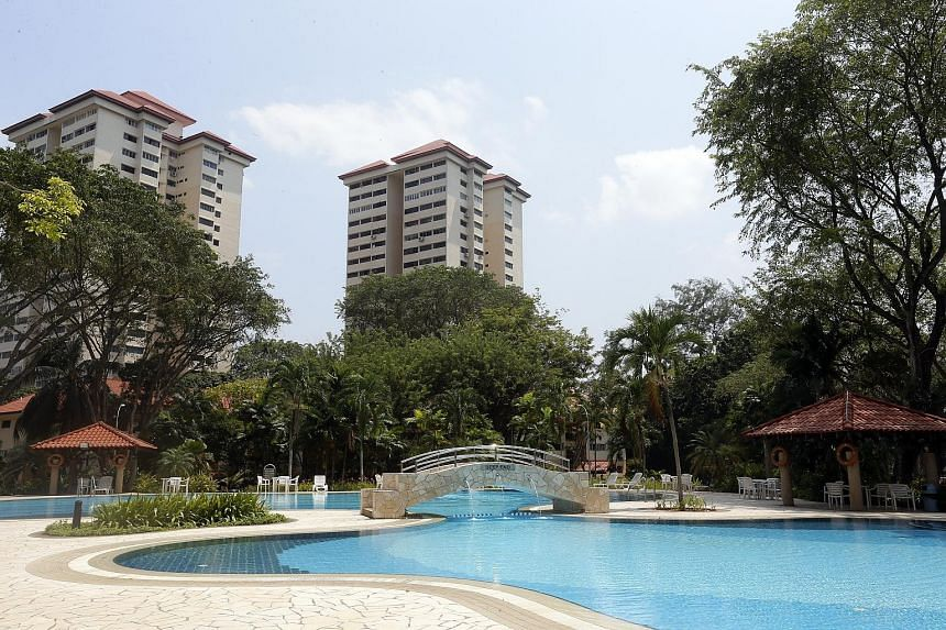 Developers are likely to baulk at the $840 million collective sale of the 488-unit Normanton Park, near Kent Ridge Park, which will be launched on Thursday next week.