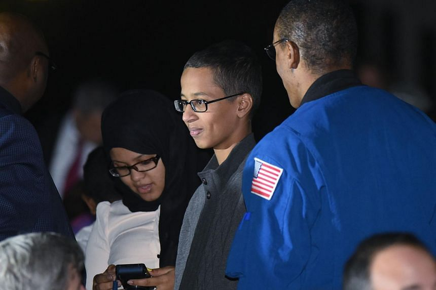 Student Ahmed Mohamed (centre) attending the second White House Astronomy Night on Oct 19.