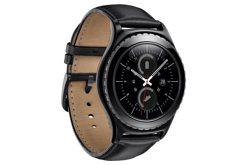 The Samsung Gear S2 classic has a sensor that measures your heart rate five times a day to gauge your well-being.
