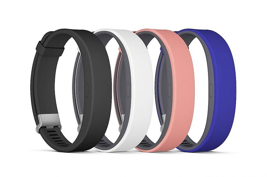 The Sony SmartBand 2 is lightweight, comfortable and tracks runs and sleep well.