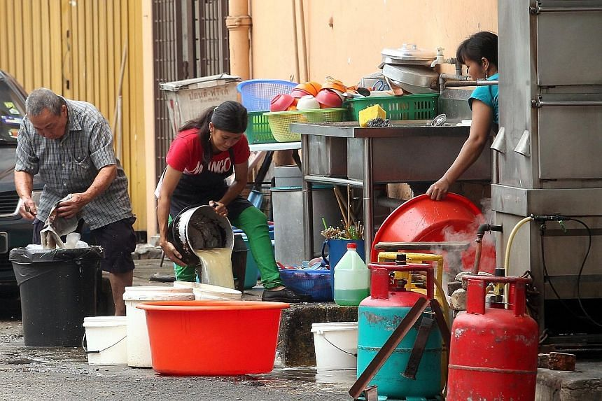 Hundreds of thousands of undocumented foreign migrants often work as cheap labour in Malaysia, including as helpers and cooks in restaurants. Illegal workers are not subjected to the anti-typhoid injections that are compulsory for documented workers.