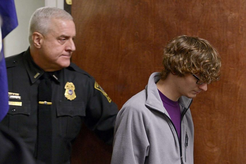 Christopher Leonard (right) appearing in court to give a sworn testimony during a felony hearing for his half-sister, Sarah Ferguson, on Oct 21, 2015.