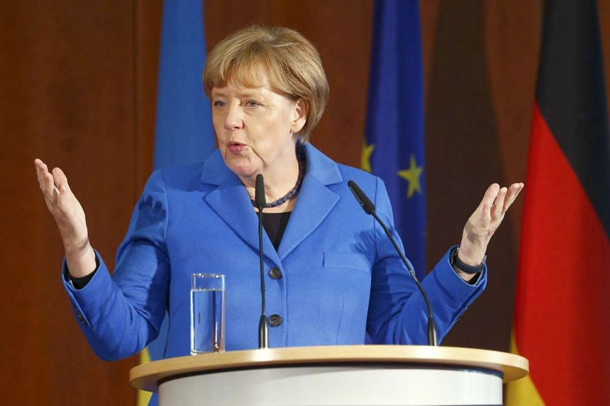 German Chancellor Angela Merkel will pay an official visit to China next week.