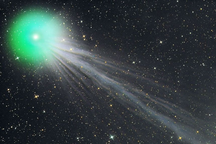 Ethyl alcohol and a simple sugar known as glycolaldehyde were detected in Comet Lovejoy (above).
