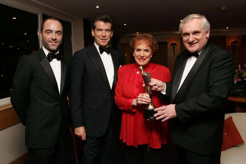 US actress Maureen O'Hara winning a lifetime achievement award in 2004, with (from left) actors James Nesbitt and Pierce Brosnan and Irish prime minister Bertie Ahern.