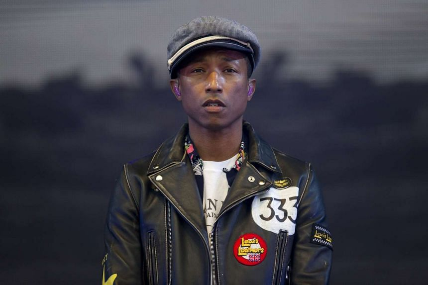 US singer Pharrell Williams dedicated his new song Freedom to refugees fleeing to Europe.