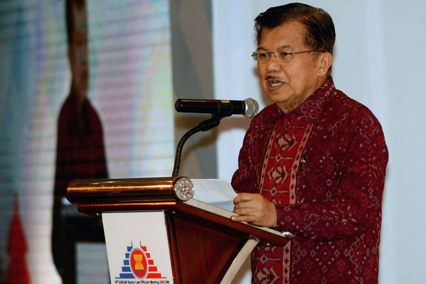 Indonesia will announce next week a new set of economic stimulus measures that will include tax incentives, vice president Jusuf Kalla said on Tuesday (Oct 27).