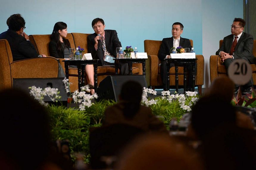Among the participants at The Straits Times Global Outlook Forum are (from left) ST foreign editor Ravi Velloor; ST senior economics correspondent Fiona Chan; Associate professor and coordinator of the China Programme (RSIS), Nanyang Technological Un