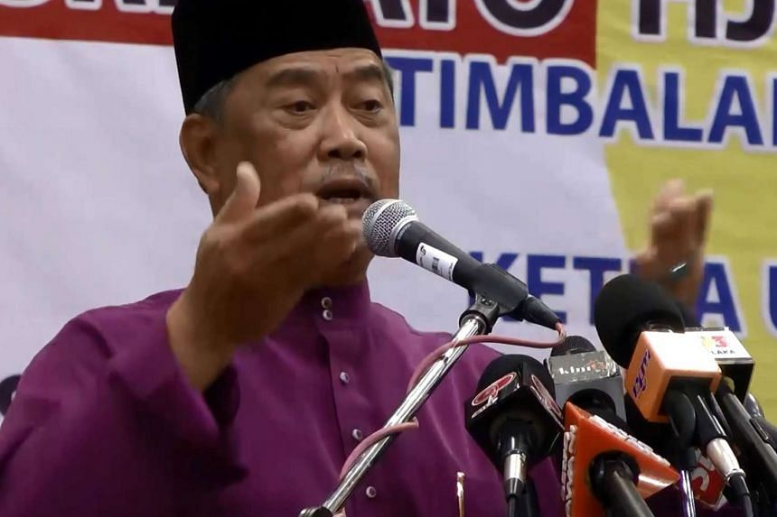 According to the report, more than a hundred Umno division chiefs had attended closed-door talks on the plans to remove Muhyiddin.