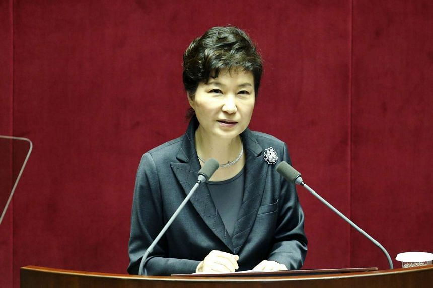 South Korean President Park Geun Hye will hold a summit in Seoul with Japanese Prime Minister Shinzo Abe next week, said a statement from her office on Oct 28, 2015.